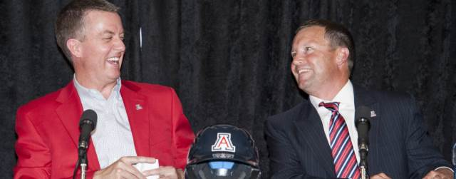 Jay Johnson pick as UA baseball coach is…interesting