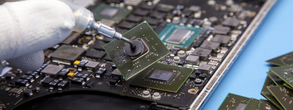 Замена чипа видеокарты, северного и южного моста в ноутбуке