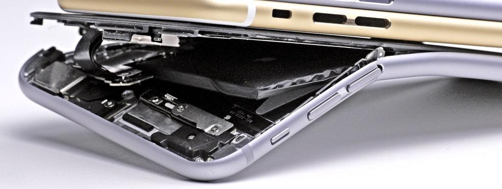 Процесс замены корпуса, задней крышки, станины в телефоне