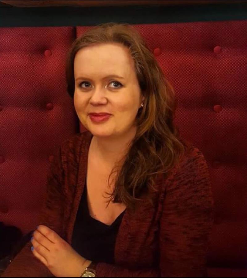 adrienne snakker om dating 24 år gammel arving skabe en attraktiv dating profil