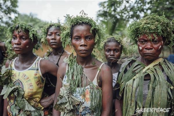 Indigenous people living in the Congo Basin rainforest peatland