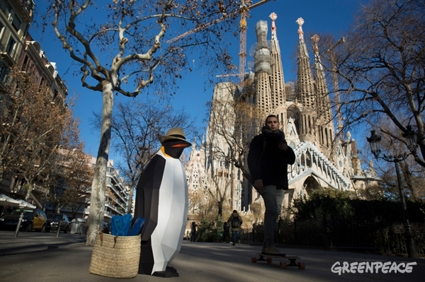 Seeing the sites in Barcelona before hitting the Spanish coast with snorkel and fins.