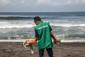 Beach Clean Up Activity in Yogyakarta. © Boy T Harjanto