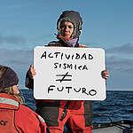 En el Día Mundial por los Océanos Greenpeace revela cómo otorgaron permiso para bombardear el Mar Argentino de aquí a 5 años