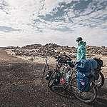 Un couple entreprend un tour du monde à vélo pour la sauvegarde des forêts