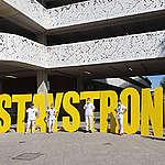 #StayStrong: Greenpeace aux portes des hôpitaux!