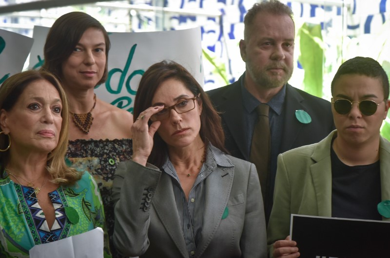 Ativistas entregam PL do Desmatamento Zero no Congresso.