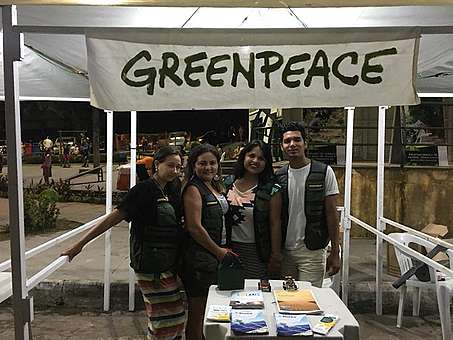 Voluntária defende Desmatamento Zero.