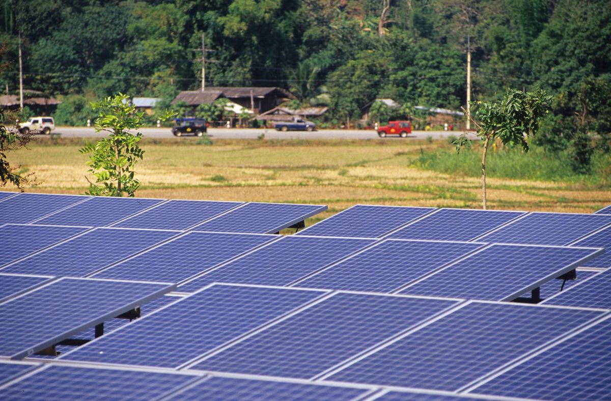 A planta de energia solar Pha Bong, na Tailêndia. © Christian Kaiser