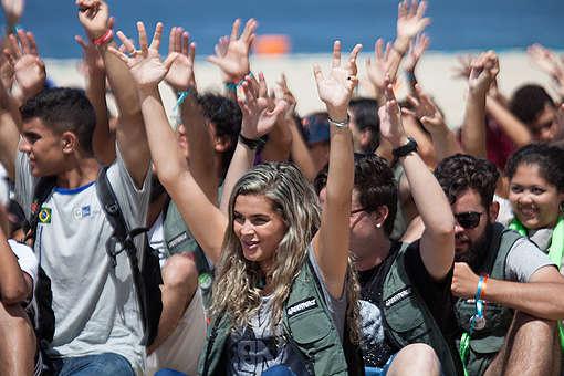 Banner Humano Defenda os Corais da Amazônia em Copacabana. © Barbara Veiga