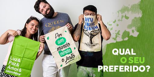 """Pessoas do time do Greenpeace Brasil segurando os panos de prato exclusivos com um texto dizendo """"qual o seu preferido?"""""""