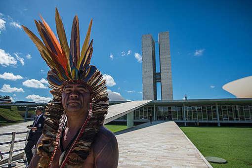 Lideranças indígenas apresentaram suas demandas à Câmara e ao Senado no segundo dia do Acampamento Terra Livre