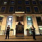 Greenpeace fecha sede da petroleira BP no Reino Unido