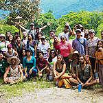 Ação de voluntários retira 199 kg de lixo em manguezal de Bertioga (SP)