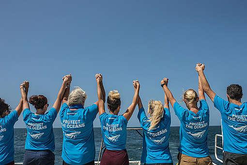 Crew on MY Esperanza in the Amazon Reef. © Pierre  Baelen / Greenpeace