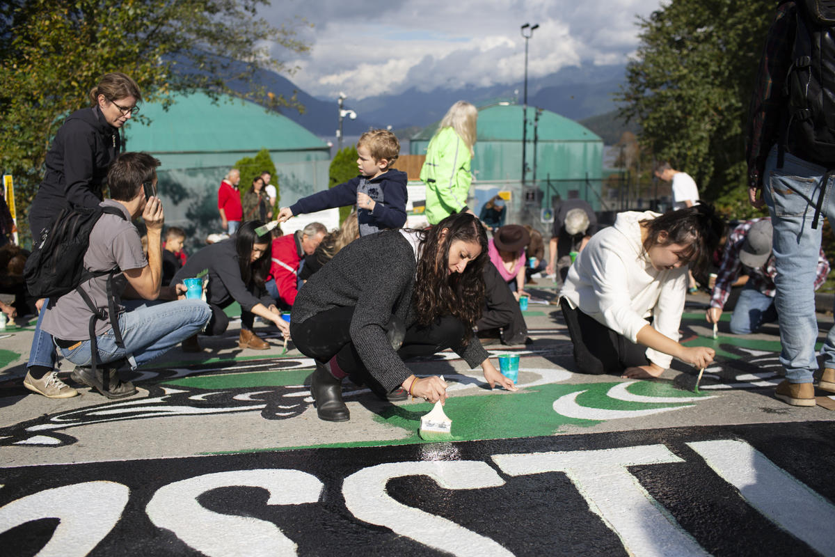 Arts for the Climate, West Ridge Marine Terminal in Canada. © Amy Romer / Greenpeace