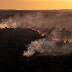 Incêndios no Pantanal, Amazônia e Cerrado têm forte alta em outubro
