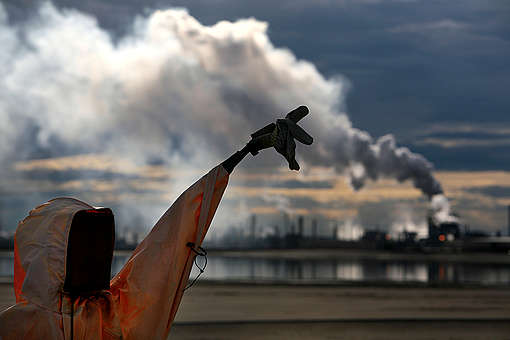 Syncrude Oil Operations in Alberta Tar Sands. © Jiri Rezac