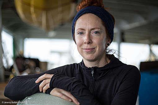 Portrait de Victoria bénévole au Canada à bord de l'Esperanza en mer Méditerranée