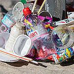 Plastic Trash Installation at Yonge-Dundas Square in Toronto. © Vanessa Garrison / Greenpeace