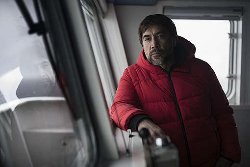 Actor Javier Bardem onboard the Arctic Sunrise in the Antarctic. © Christian Åslund / Greenpeace