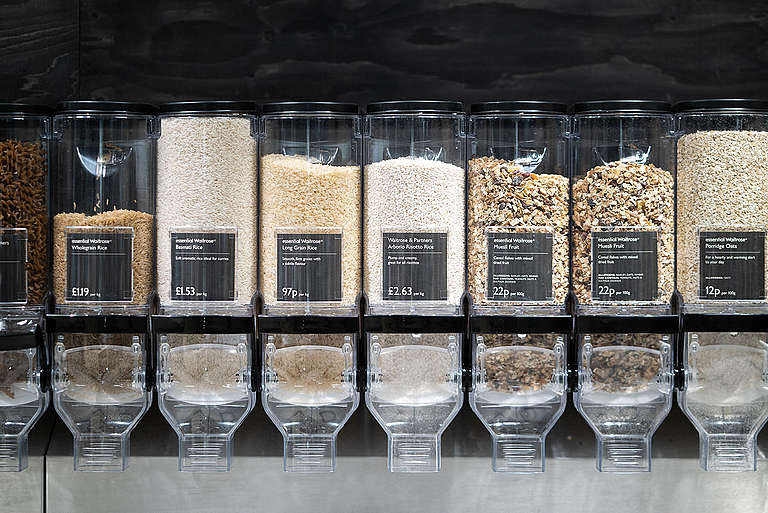 Dispensers of Dried Food Products. © Isabelle Rose Povey / Greenpeace
