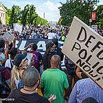 APPEL À L'ACTION: Définancez la police au Canada