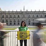 """Greenpeace y lanzamiento de la COP en La Moneda: """"Para que sea una cumbre climática histórica, Chile debe terminar con el carbón en 2030"""""""