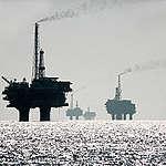 Oil Rig in Brent Oil Field in North Sea. © Karsten Smid / Greenpeace