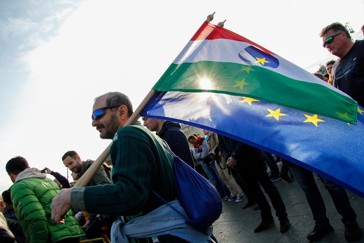 Heroes' Veto, pro-NGO Protest in Budapest. © Zsuzsi Dorgo