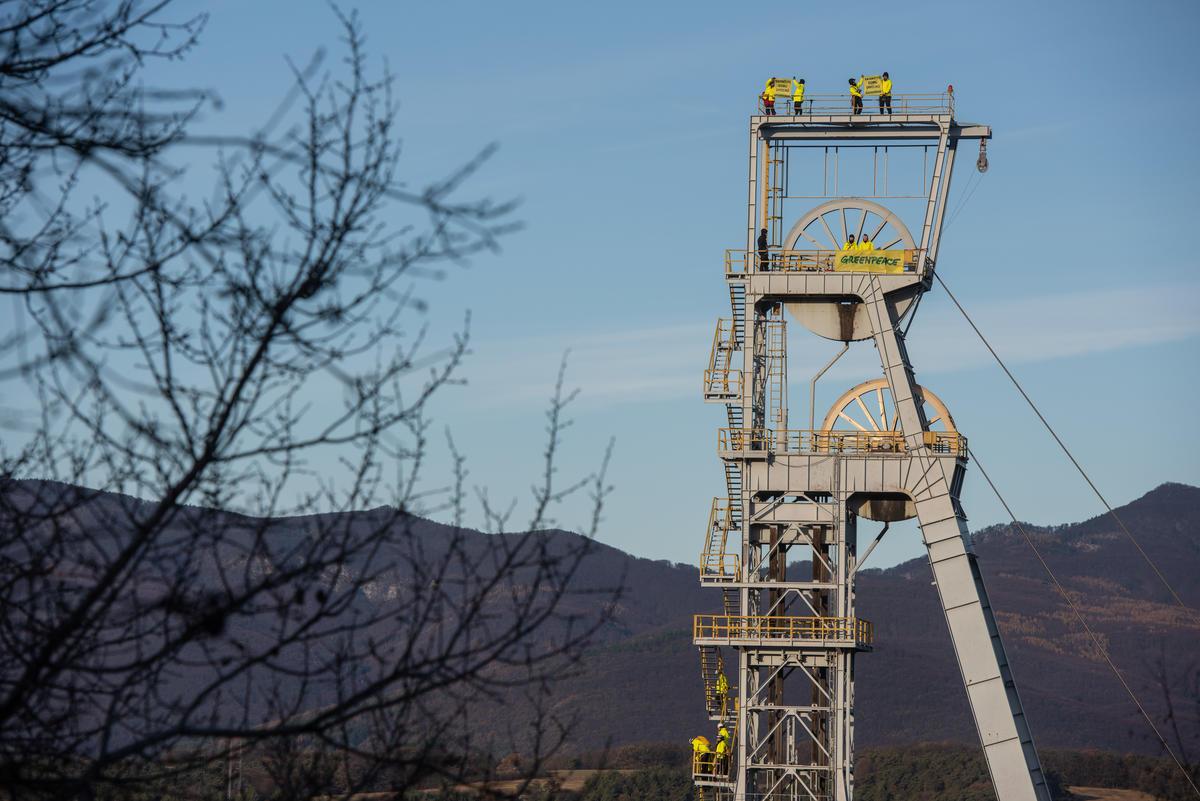 Action at Coal Mine in Nováky Slovakia. © Tomas Halasz