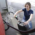 Sampling Bio Fuel for Palm Oil in Germany. © Martin Langer