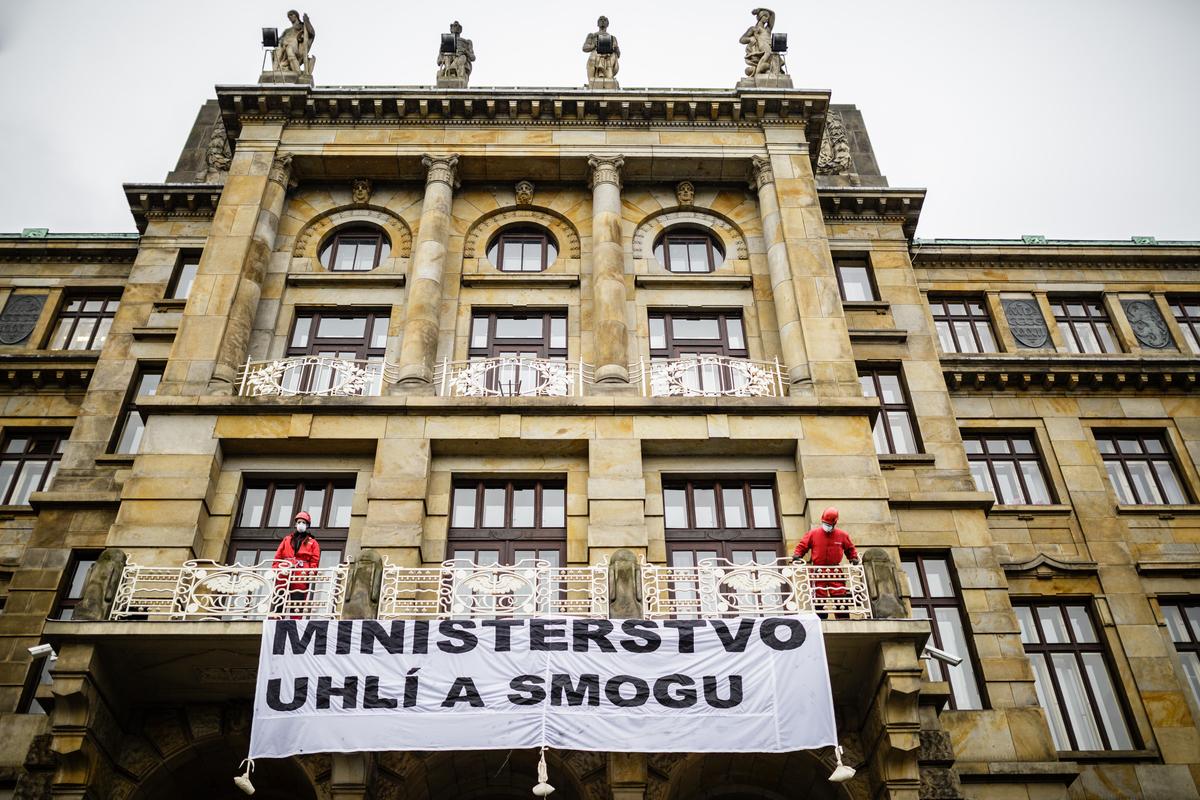 Ministerstvo uhlí a smogu