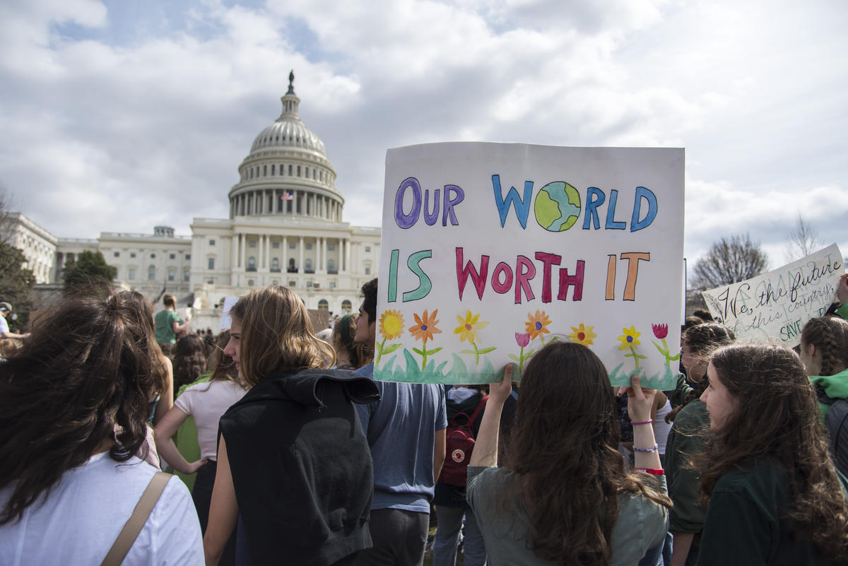 Fridays for Future Student Demonstration in Washington DC. © Livia Ferguson / Greenpeace