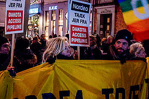 Nordea Dakota Access Protest in Copenhagen. © Jonathan Findalen