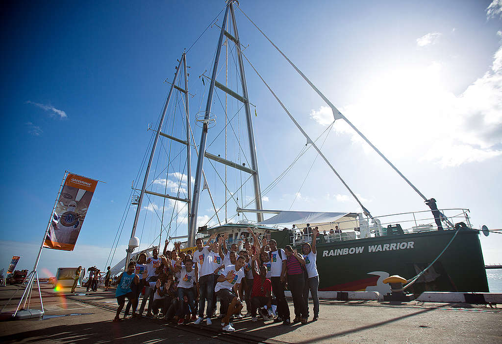 Rainbow Warrior Open Boat in Salvador. © Rodrigo Paiva