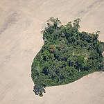 Amazon Rainforest in Burning Season. © Greenpeace / Daniel Beltrá