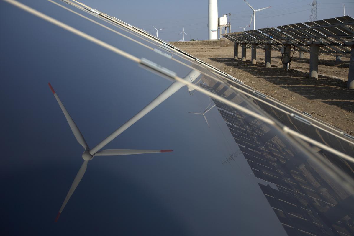 Dafeng Power Station in China. © Greenpeace / Zhiyong Fu