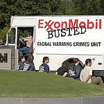 Action at Exxon Mobil HQ in the US. © Robert Visser / Greenpeace
