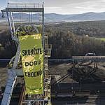 Hiilivoimaa vastustaneiden Greenpeacen aktivistien tutkintavankeutta jatkettiin Slovakiassa