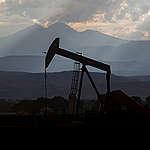 Ανοιχτές επιστολές προς τις δύο μεγάλες ελληνικές πετρελαϊκές εταιρείες, ΕΛΠΕ και Energean Oil & Gas