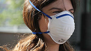 Air Pollution Dust Mask Activity in Sydney. © Greenpeace