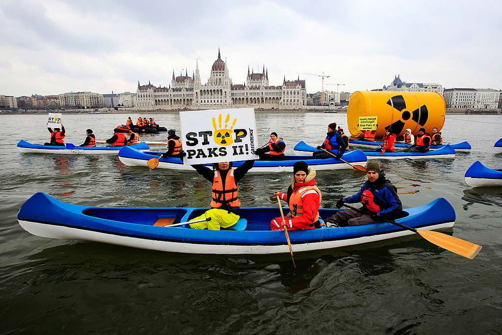 Protest against Nuclear Power Plant Paks 2 in Budapest. © Bence Jardany