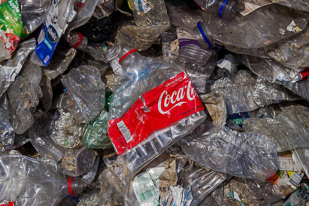 Imported Plastic in East Java, Indonesia. © Fully Syafi / Greenpeace