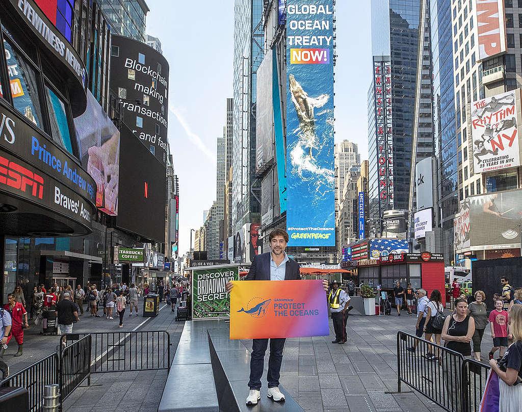 Javier Bardem Campaigns for Global Ocean Treaty in New York. © Jason Miczek / Greenpeace