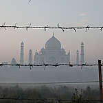 Pollution around the Taj Mahal in India. © Vinit Gupta