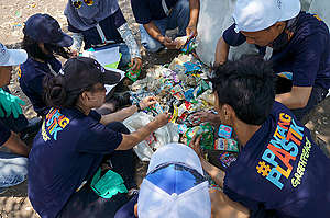 Beach Clean Up Activity and Brand Audit in Tangerang. © Rakhmawaty La'lang