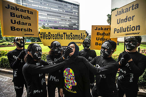 Air Pollution Protest in Jakarta. © Jurnasyanto Sukarno / Greenpeace