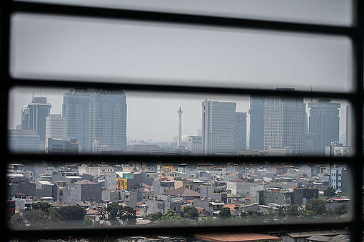 Air Pollution in Jakarta. © Jurnasyanto Sukarno / Greenpeace