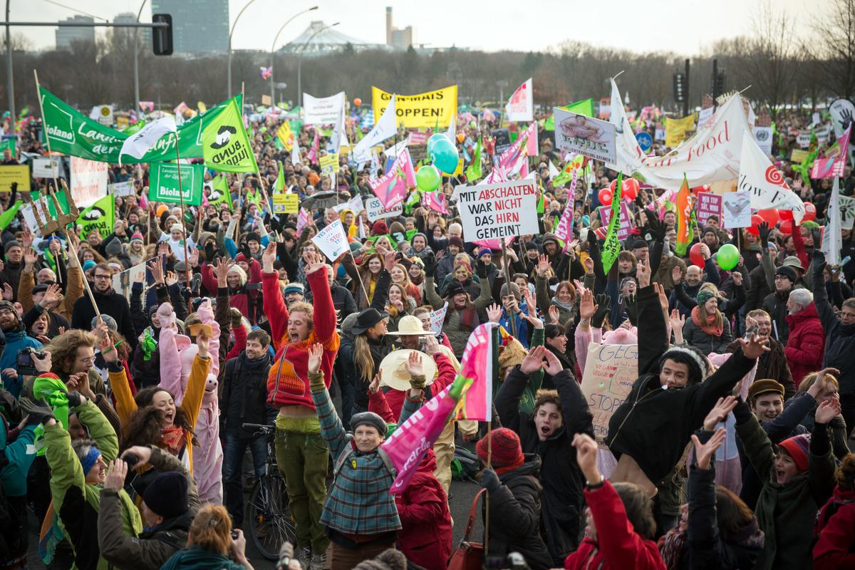 TTIP Demonstration in Berlin, 2015 © Gordon Welters / Greenpeace